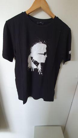 Tricouri Karl Lagerfeld . Produse noi si originale.