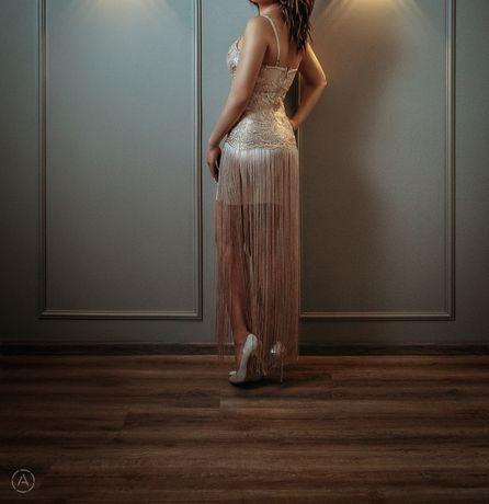 Продам платье. Очень красивое.
