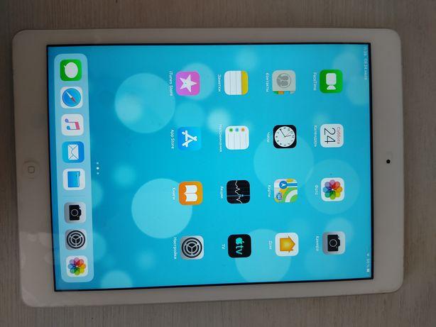 Продается iPad Air