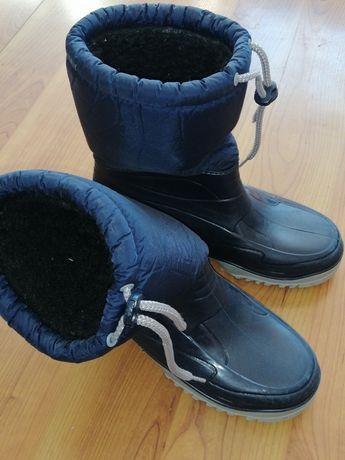 Продавам зимни обувки Gelert