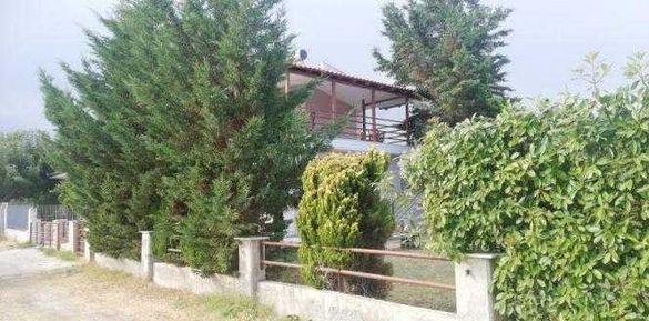 Самостоятелна къща, тип мезонет в Паралия Каряни