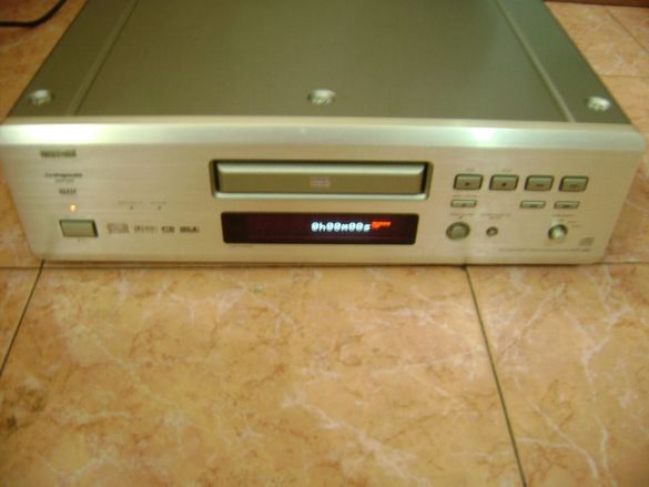 Denon high end DVD-2900 SACD Player
