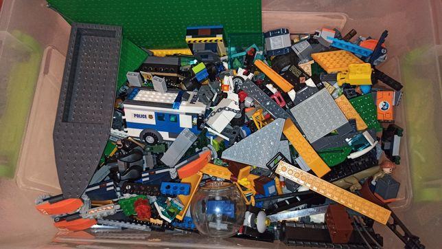 LEGO продам . Лего динозавров