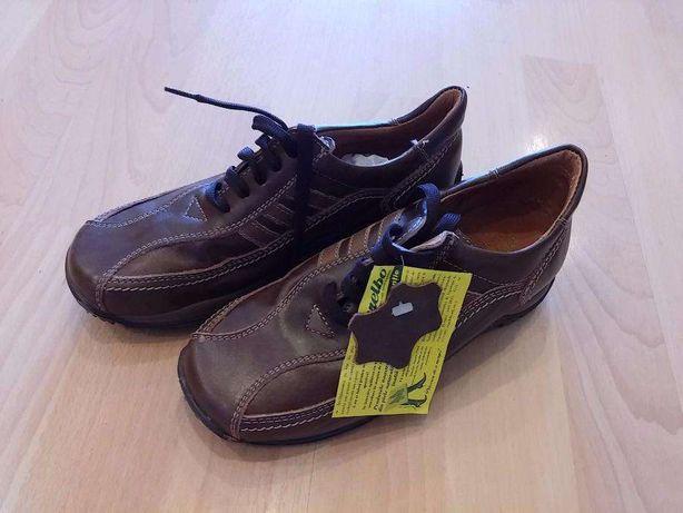 Vand incaltaminte (pantofi Marelbo) copii