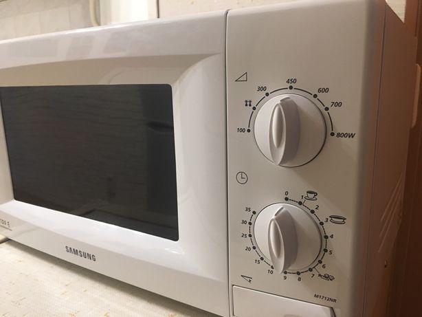 Печь микроволновая Samsung