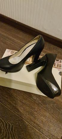 Продам туфли 35 р