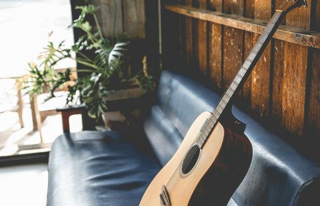 Уроки игры на гитаре(в стиле фигнерстайл)