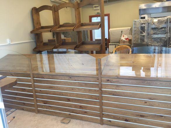 Етажерки Витрини Производител Мебели за вашя бизнес