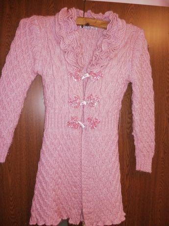 Pardesiu fetita roz
