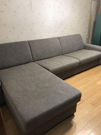 Продается угловой диван.