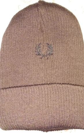 зимна шапка Fred Perry
