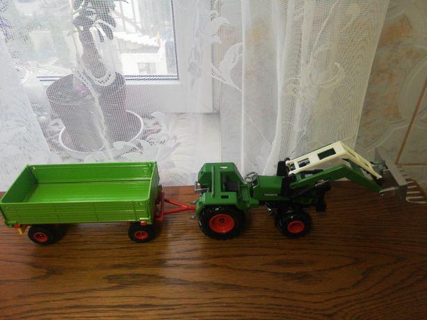 Macheta tractor cu remorca