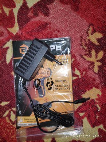 Аккумулятор и зарядка для шуруповерта Вихрь