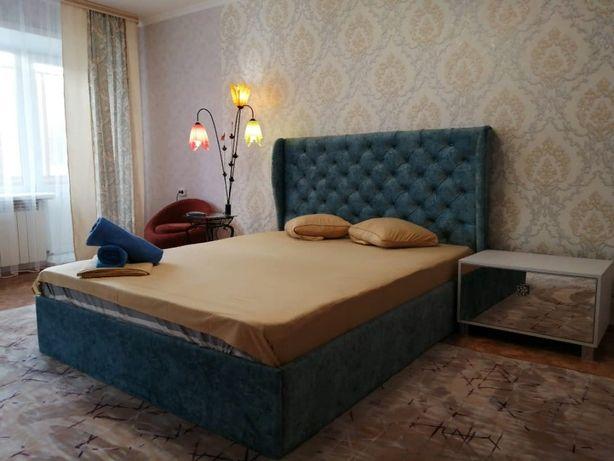 """Квартира посуточно, """"Королевская кровать"""", центр, для двоих"""