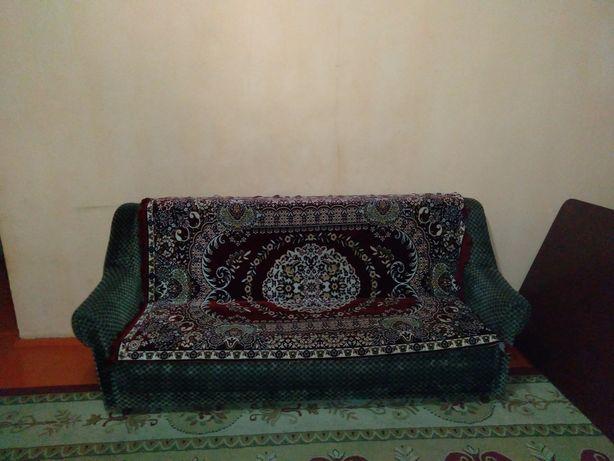 Два кресла и диван раскладной Б.У