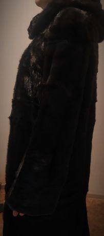 Срочно продам женская зимняя Шуба !