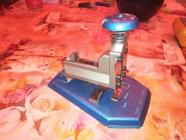 Capsator vintage SKRE 112