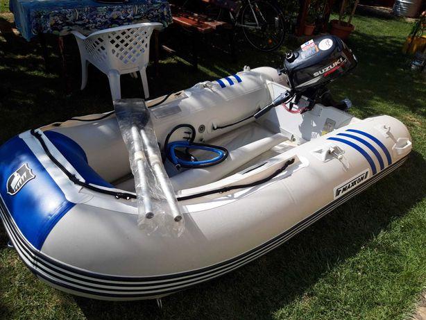Barca MAXXON si motor SUZUKI 5cp