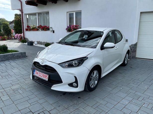 Toyota yaris 2021 avariat lateral