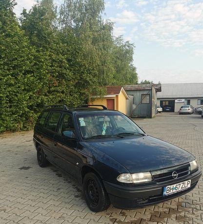 Vând Opel astra, motorizare 1.6