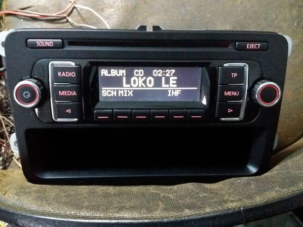 Rcd 210 Vw radio mp3 aux