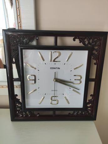 Часы настенные, в отличном состоянии.