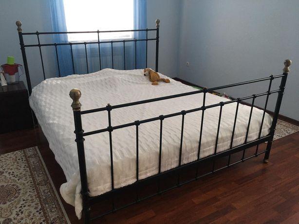 Кровать (Икеа) железный