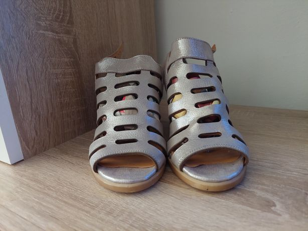 Sandale dama din piele