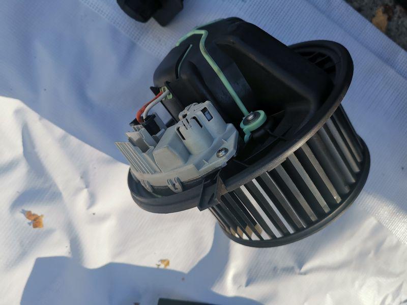 Вентилатор за парно бмв е90 е91 е92 е93 е87 е81 гр. Сандански - image 1