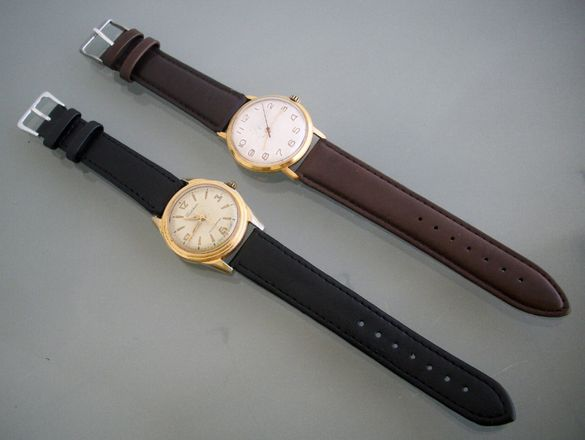Съветски механични ръчни часовници Столичные и Восток