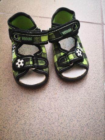 Sandale copii mărimea 19