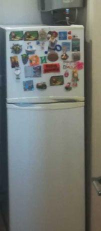 Отличный Холодильник LG