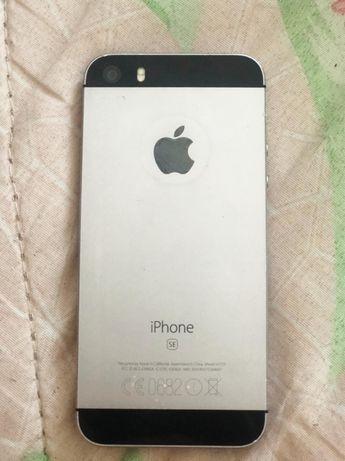 Айфон SE 64 gb продается