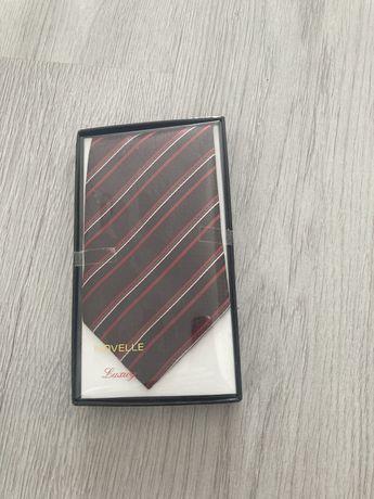 Cravata noua