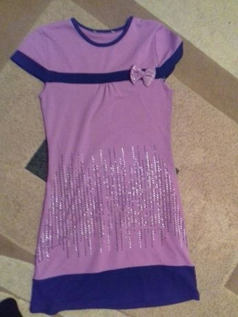 Продам платье на 8- 10лет