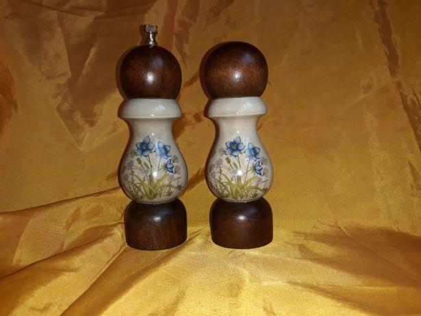 Vand set vintage rasnita de piper si sararita din portelan si lemn