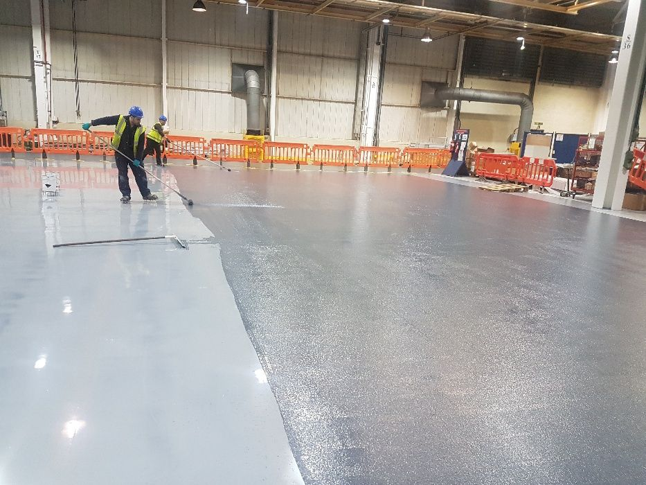 Pardoseli industriale din beton elicopterizat sau rasini epoxidice Ploiesti - imagine 1