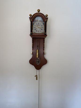 Ceas Olandez vechi, mecanic cu pendula si greutati