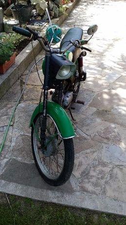 Продавам мотопед Балкан само на части!