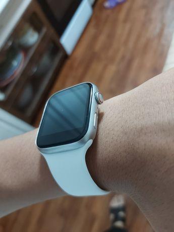 Продам watch 5 в идеальном состоянии