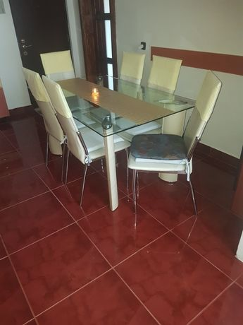 Vand masa de sticla cu 6 scaune