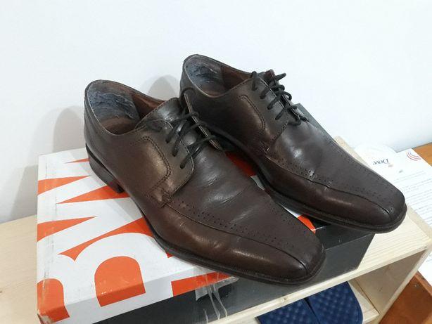 Pantofi barbati, piele naturala, culoare maro, marime 40/42 - ca NOI