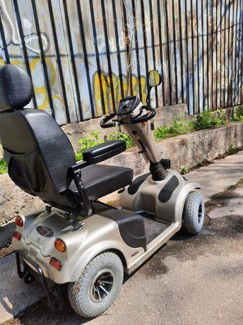 Vând scuter electric persoane cu handicap, copii, batrani