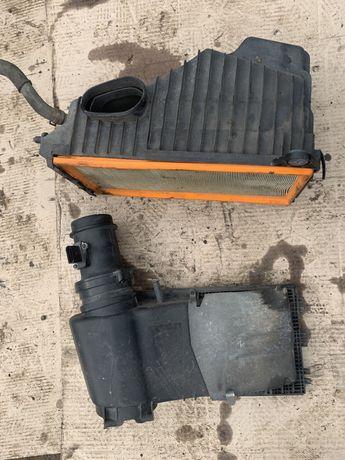 Carcasa filtru aer debitmetru Volkswagen Touareg 3.0 TDI 7L BKS