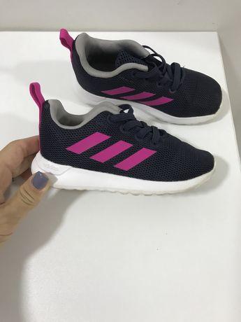 Adidasi adidas fetite