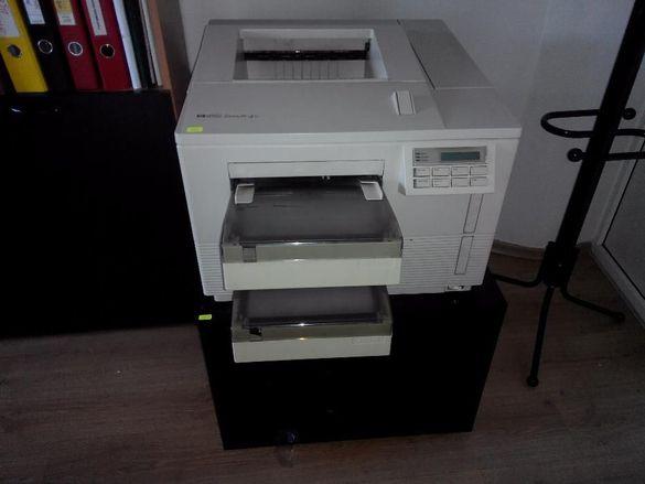 Лазерен принтер HP Laserjet 4Si + тонер касета