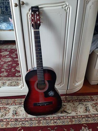 Продам гитара срочно