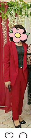 Продам красный костюм