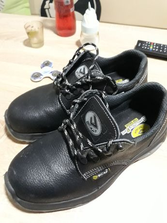 Incaltaminte, pantofi de protectie