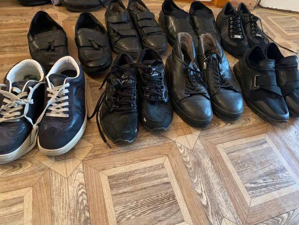 Продам фирменную обувь